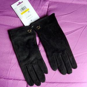 NWT Calvin Klein women's driving gloves